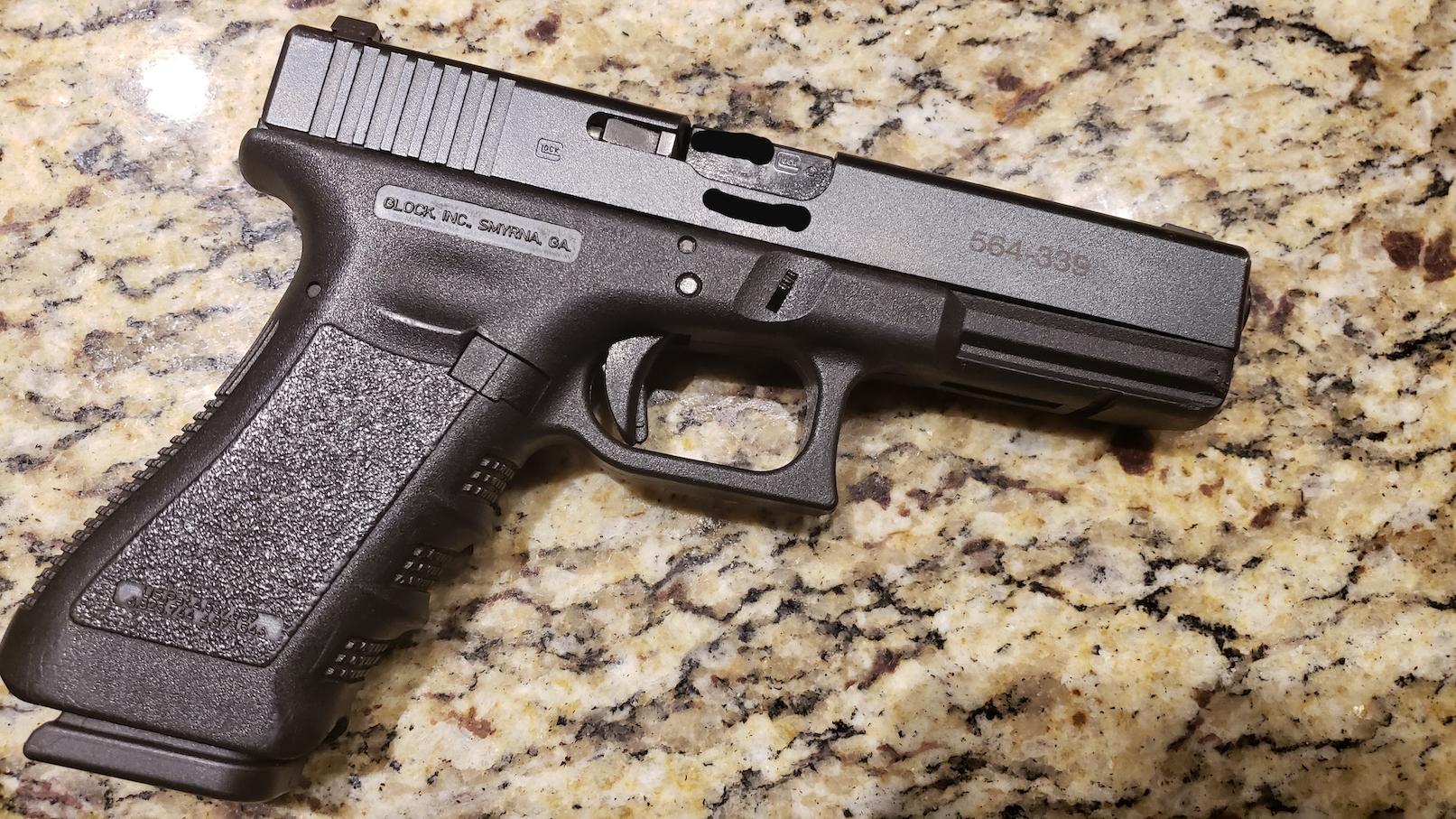 Glock 17 - AIM Surplus LEO trade-in 17 origins? | The
