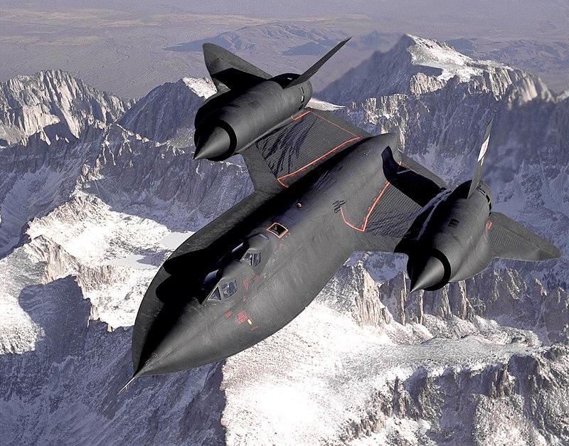 800px-Lockheed_SR-71_Blackbird.jpg