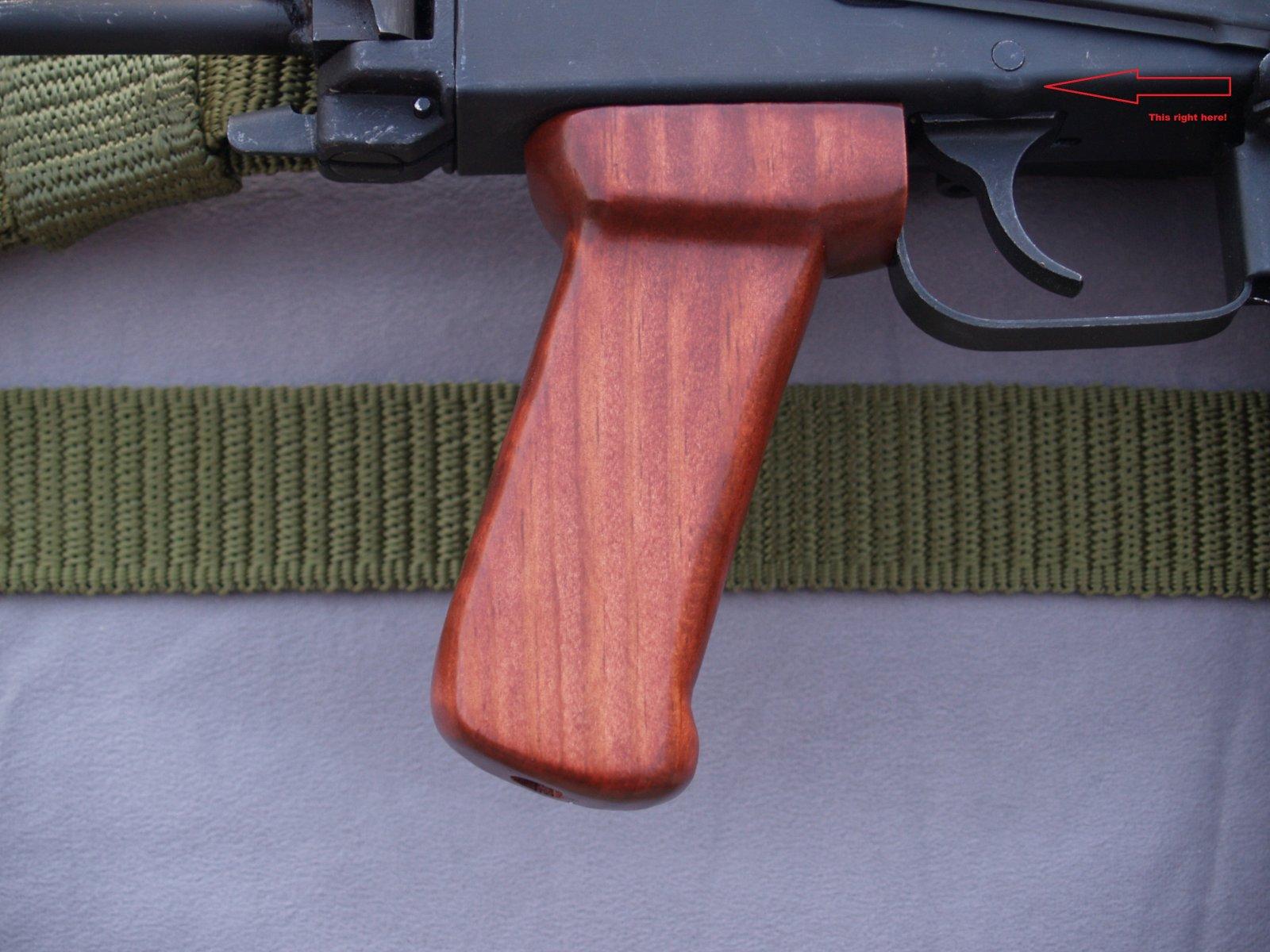 AK47 PISTOL GRIP DETAIL1.jpg