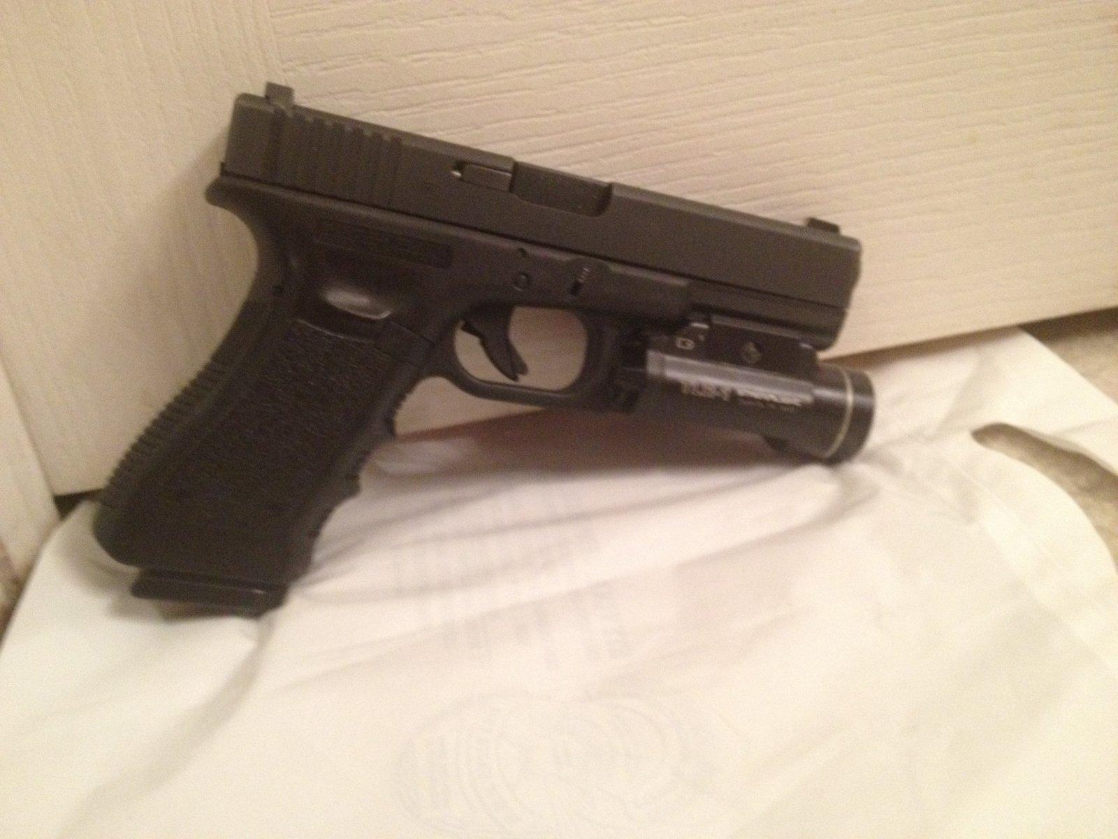 Glock-22 (1)  Southport Police Dpt Dec 18.jpg
