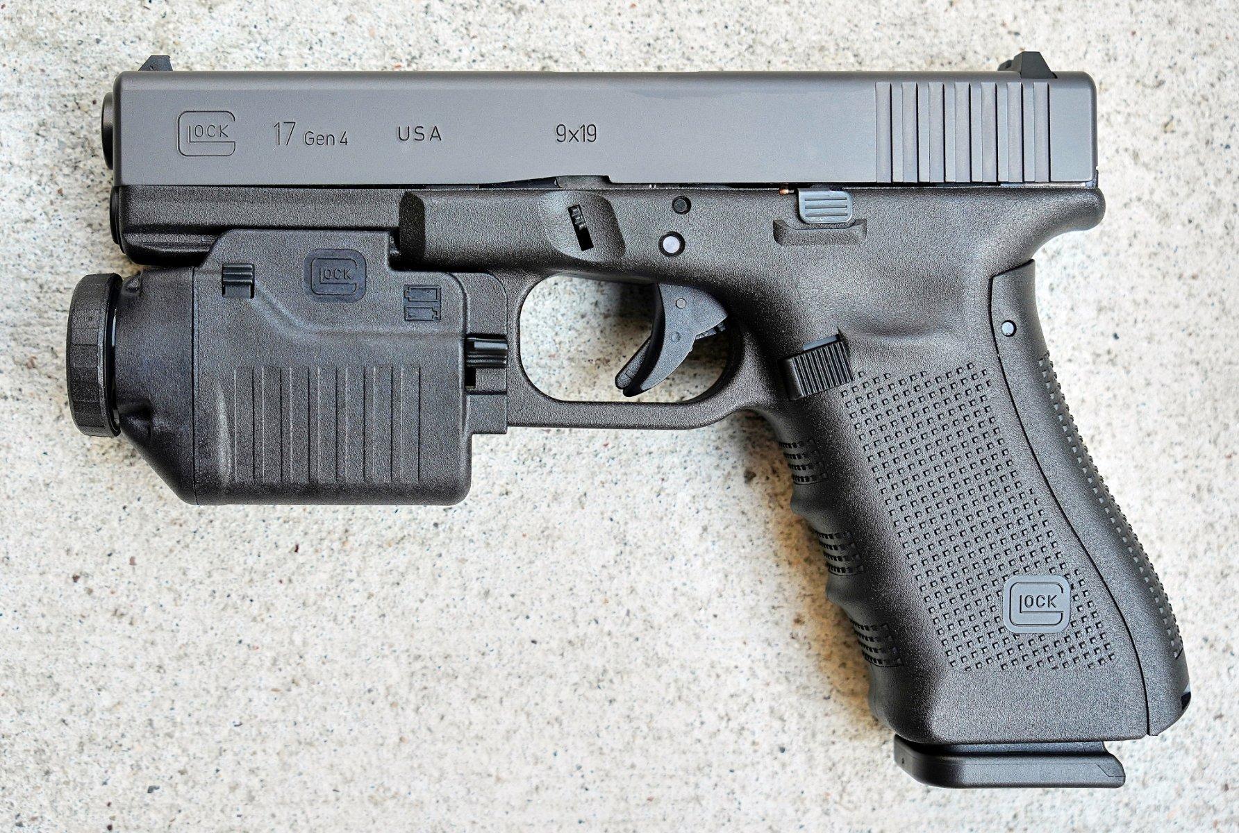 Glock17GlocTacLight.JPG