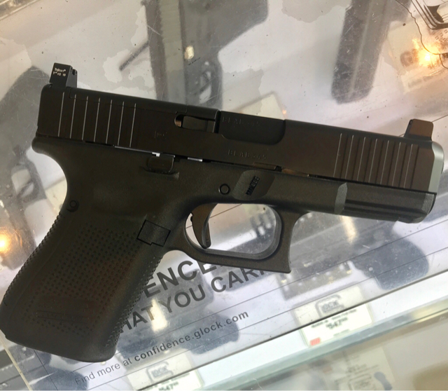 Glock 19 - Glock 19 Gen 5 MOS w/Vortex Venom suppressor sights