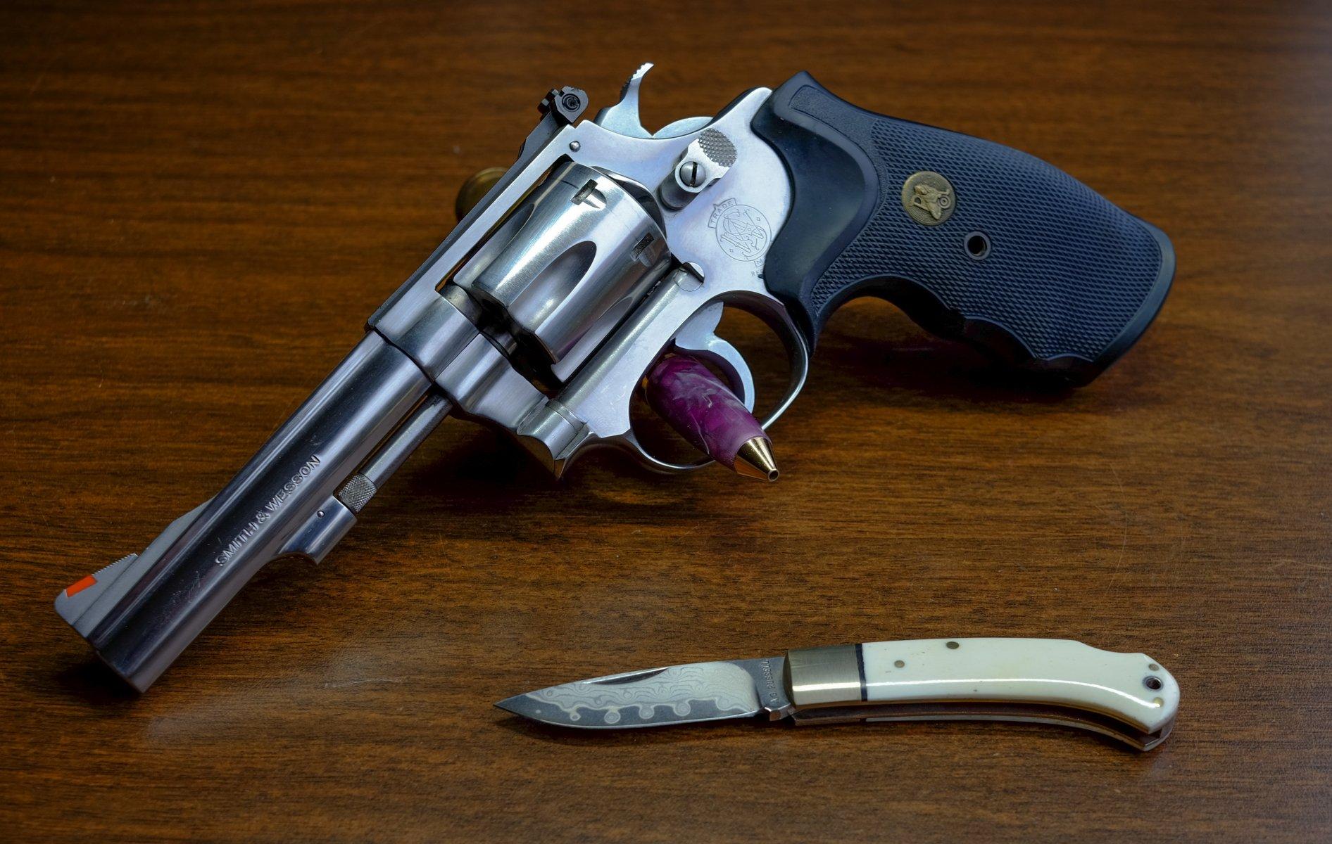 S&W 63 w knife.jpg